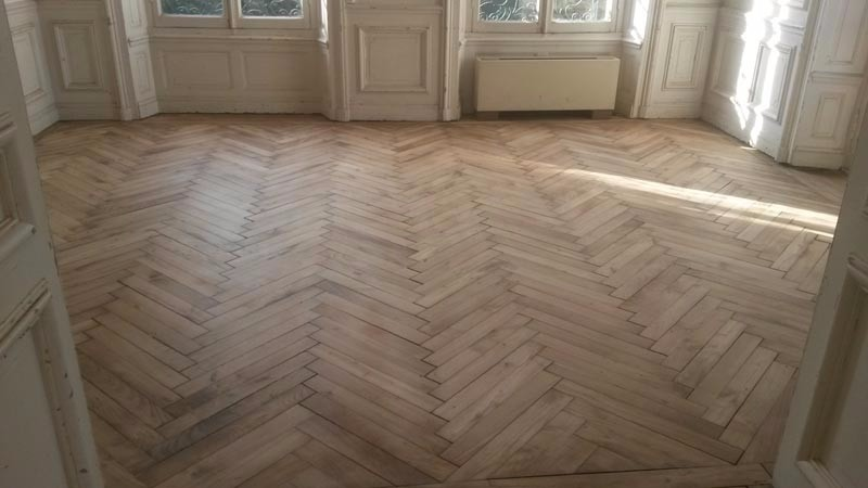 entretien parquet ancien fabulous renovation parquet cout renovation parquet son parquet renov. Black Bedroom Furniture Sets. Home Design Ideas